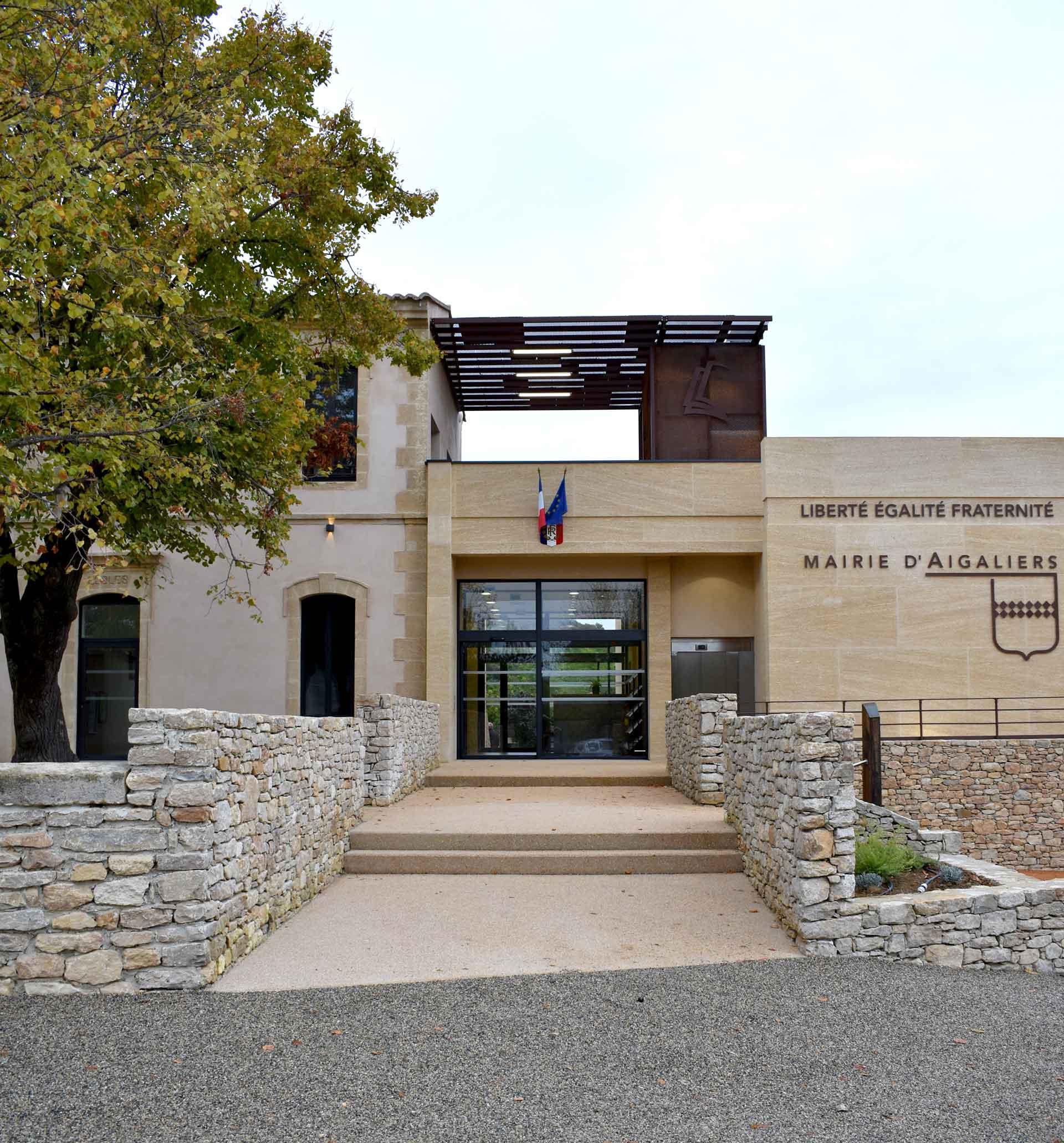 Inauguration de la Mairie et bibliothèque d'Aigaliers